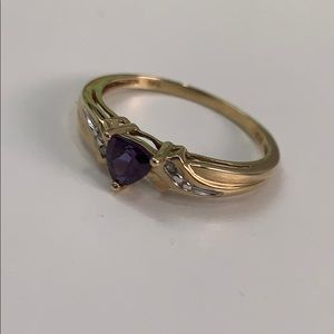 Jewelry - 10K Gold Ring